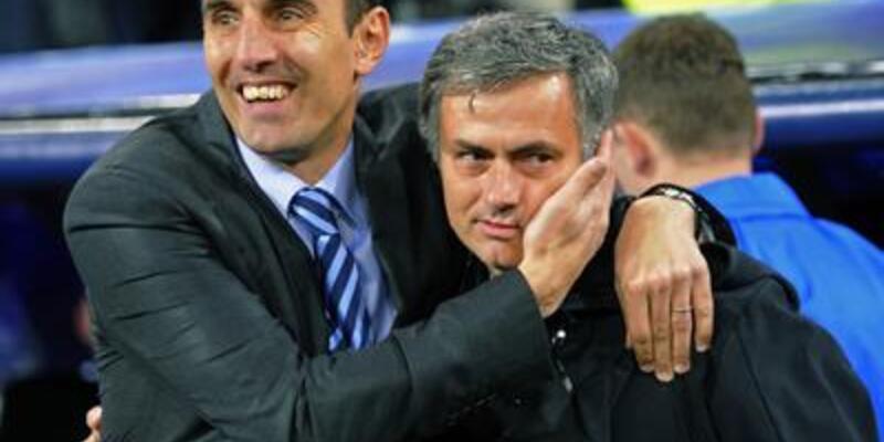 """Mourinho'yu seven adam"" kovuldu!"