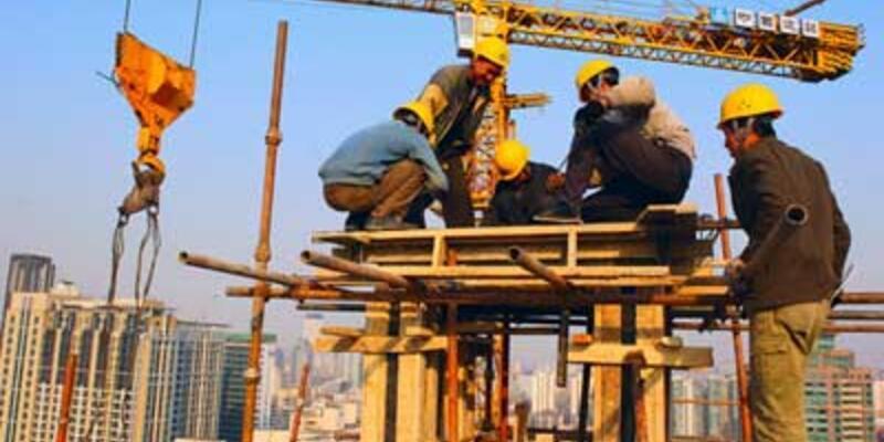 Usta olmayan inşaatta çalışamayacak