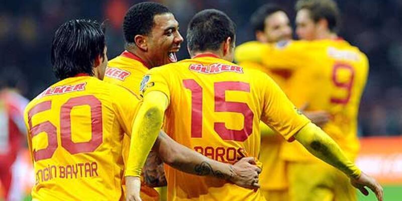 Galatasaray'da 2 maç ceza şoku!
