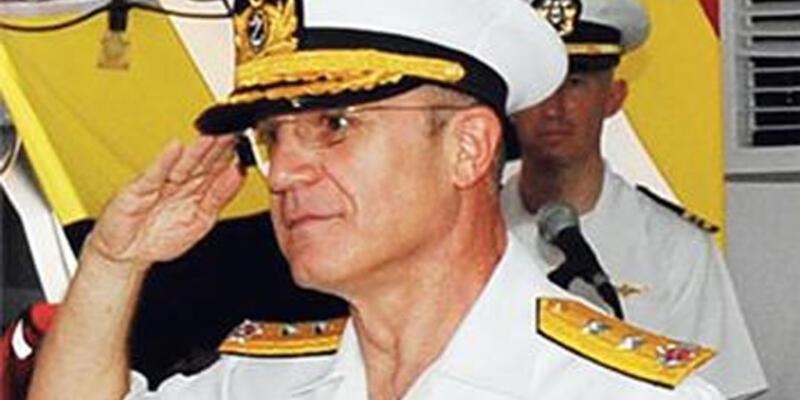 Balyoz sanığı amiral teslim oldu