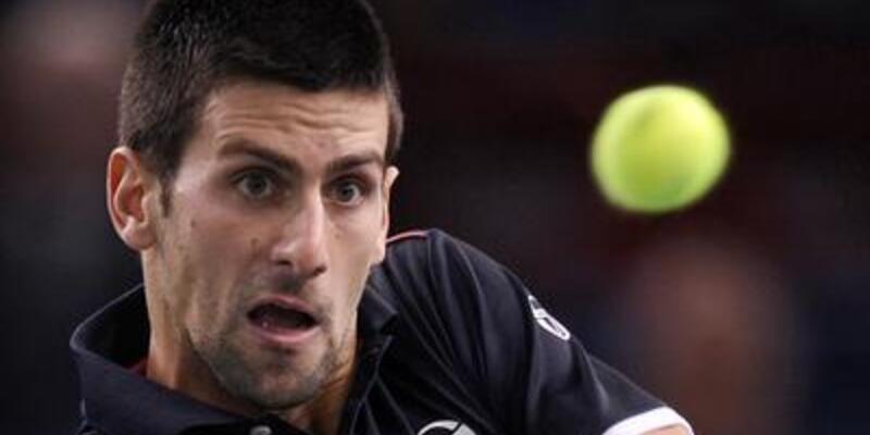 Djokovic yine elendi