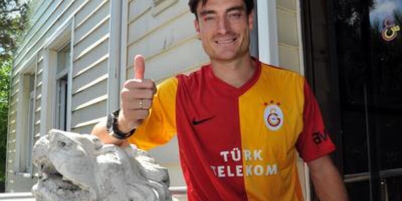 Eski Galatasaraylı futbolcunun sözleşmesi feshedildi