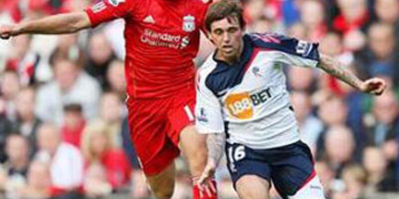 Tuncaylı Bolton Liverpool'a direnemedi
