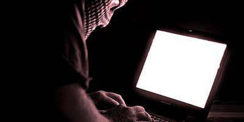 İnternetten hakarete 6 yıl hapis