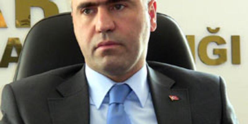 Erzurum AKP'de kavgaya il başkanı el attı!
