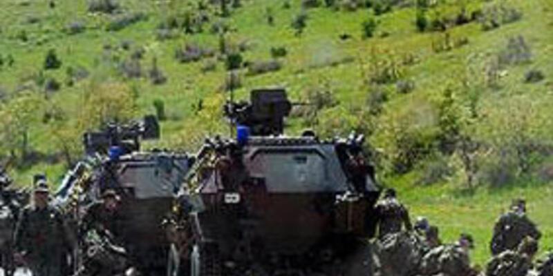 Diyarbakır'da askeri kontrol noktasına saldırı