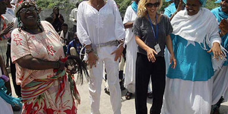 Somali'de Ajda-Sertab dans şov!