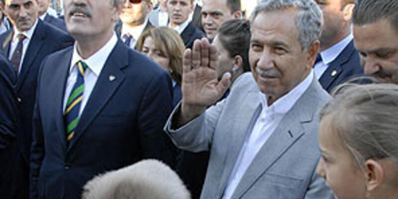 Kosovalı Türklere vatandaşlık sinyali