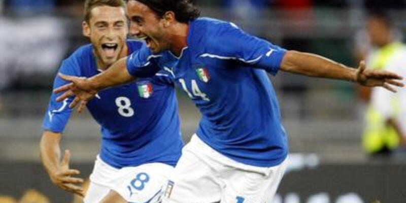 Boğalar İtalya'ya tosladı!