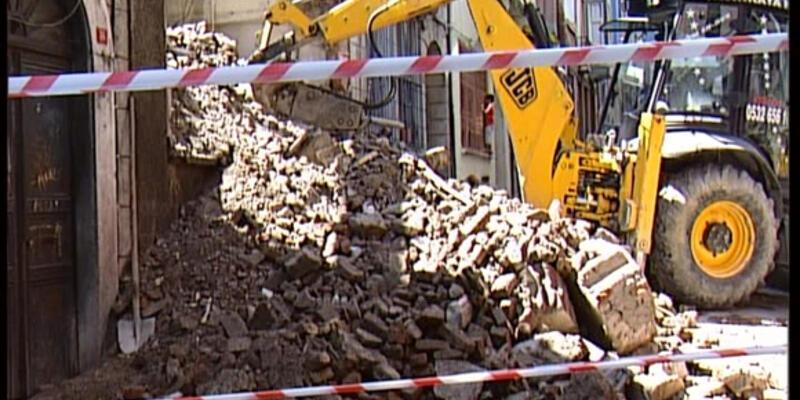 Tarlabaşı'ndaki evler yıkılacak