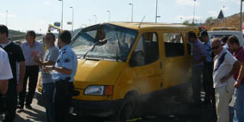 Takla atan minibüste can pazarı: 12 yaralı