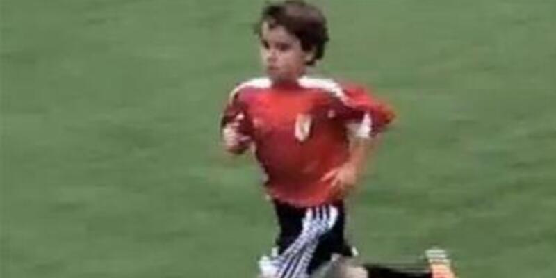 'Mucize çocuk' Messi'nin ayağını kaydırır mı?