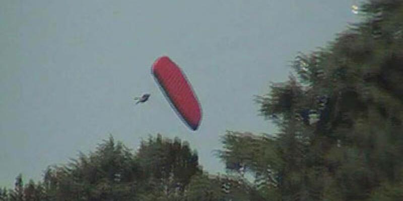 Yamaç paraşütünün düşüş anı kamerada