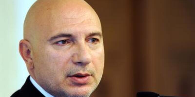 Fenerbahçe yönetimini istifaya davet etti