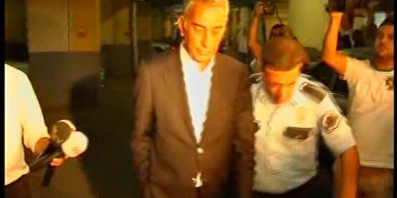 Adnan Polat Emniyet'ten ayrıldı