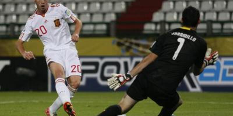 U20'de İspanya çok rahat
