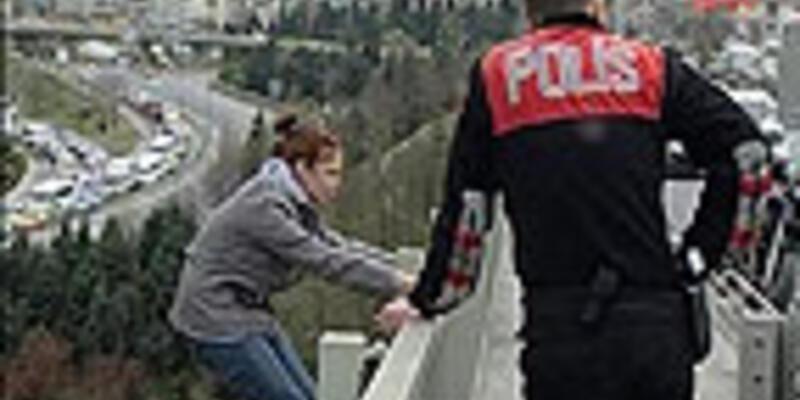 Türkiye'de intihar yaşı yükseliyor