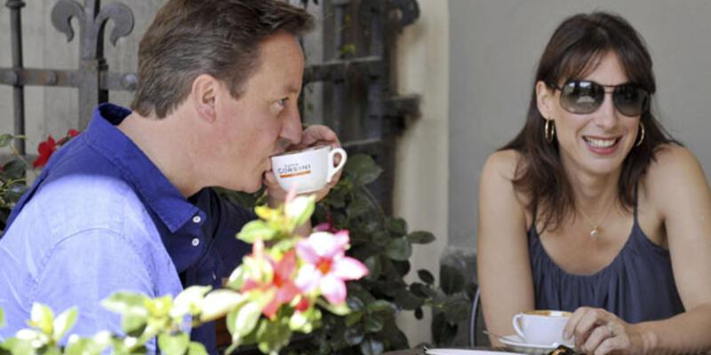 Garsondan başbakana: Kahveni kendin al
