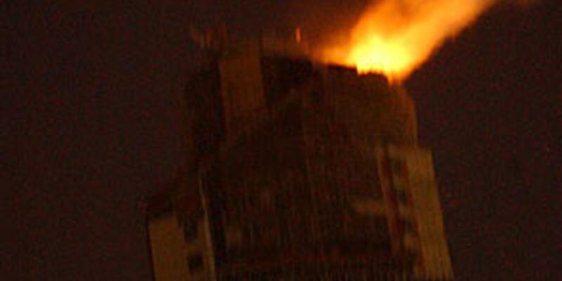 36 katlı inşaatta korkutan yangın