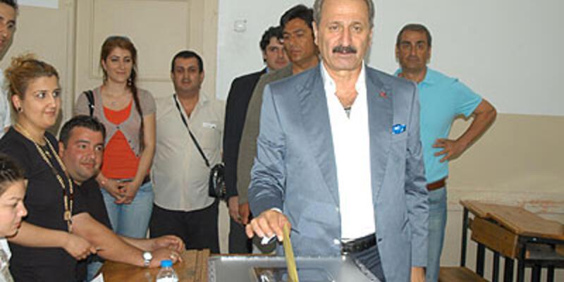 Bakan Çağlayan'a ikinci oy pusulası kızdırdı