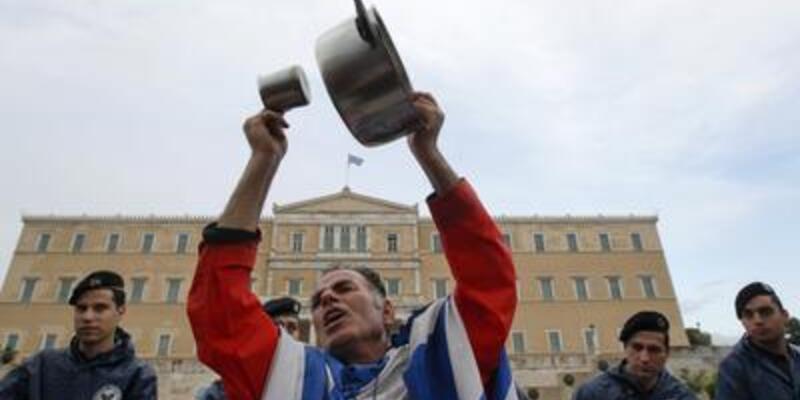 IMF, Yunan hükümetini savundu