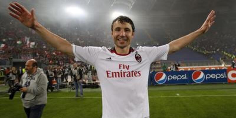 Van Bommel, Thiago Milan'da devam