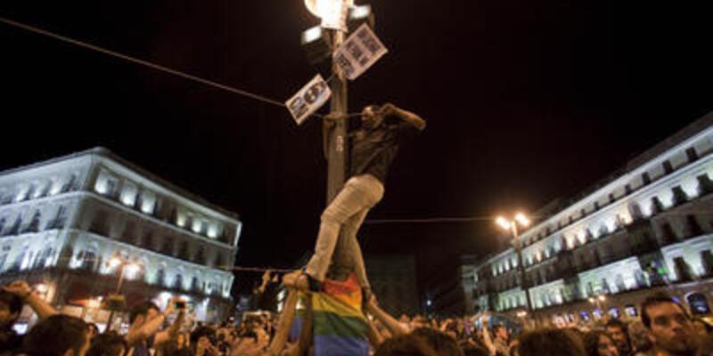 İnternetten doğan güç İspanya'yı sallıyor