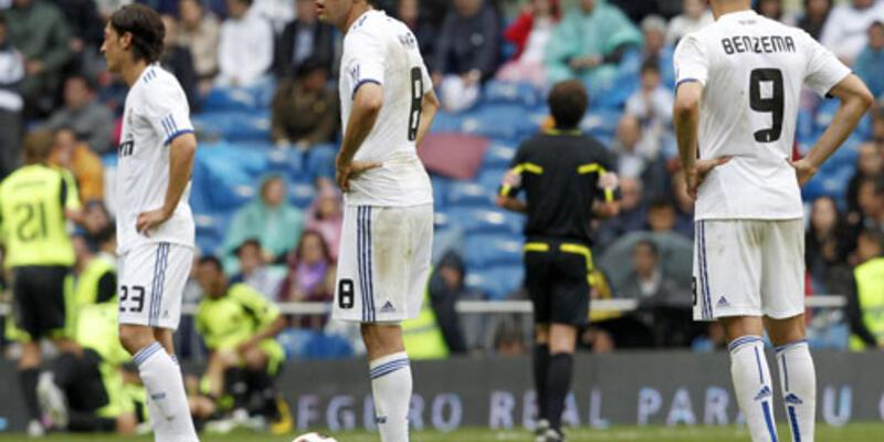 Real'e bir darbe de Zaragoza'dan!
