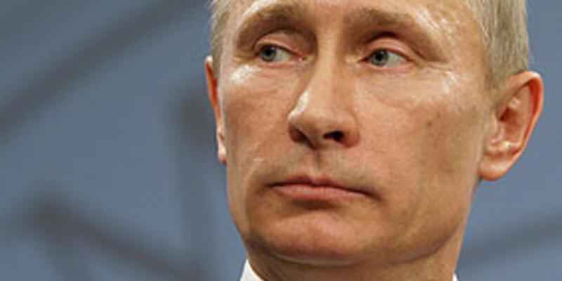 """Putin: """"Kaddafi'yi öldürme yetkiniz yok"""""""