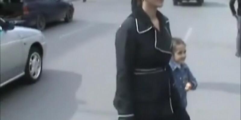5 yaşındaki kız ve annesine polis müdahalesi!