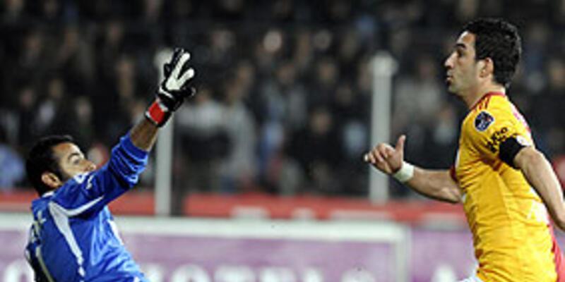 Galatasaray Manisa'da coştu