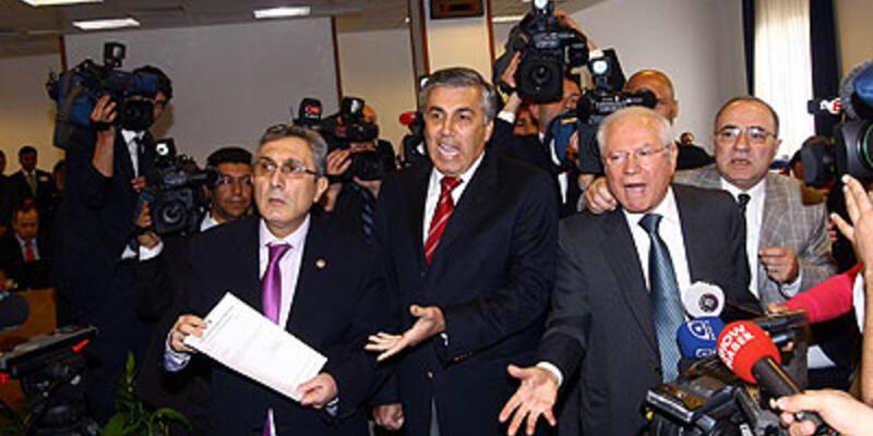 """Meclis komisyonunda """"imza"""" krizi!"""