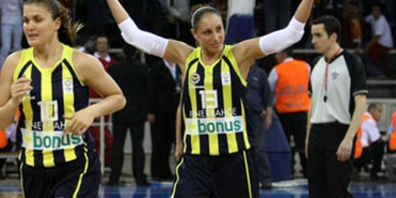 Taurasi Fenerbahçe'ye dönmüyor