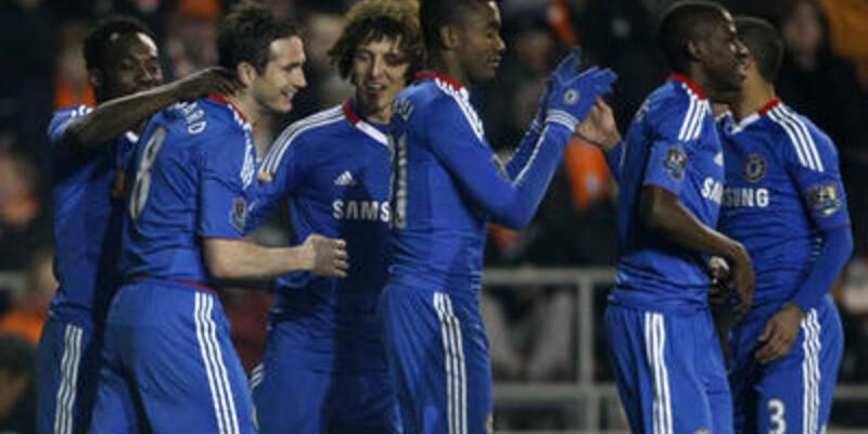Chelsea Blackpool engeline takılmadı