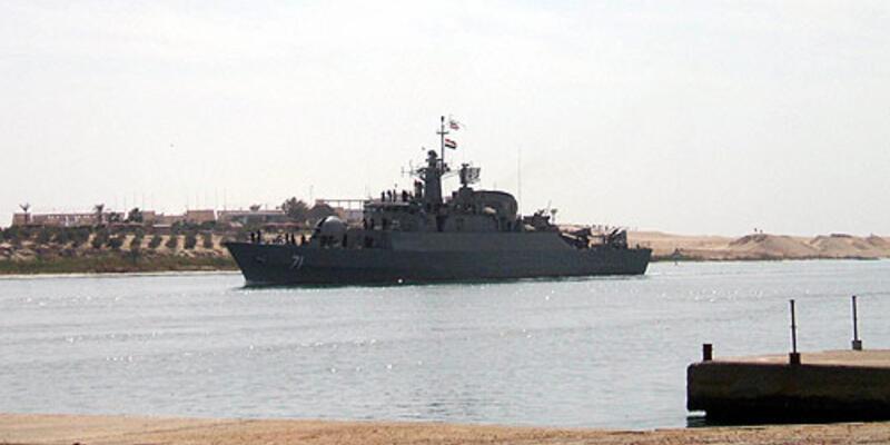 Gerilim yaratan gemiler Suriye'de