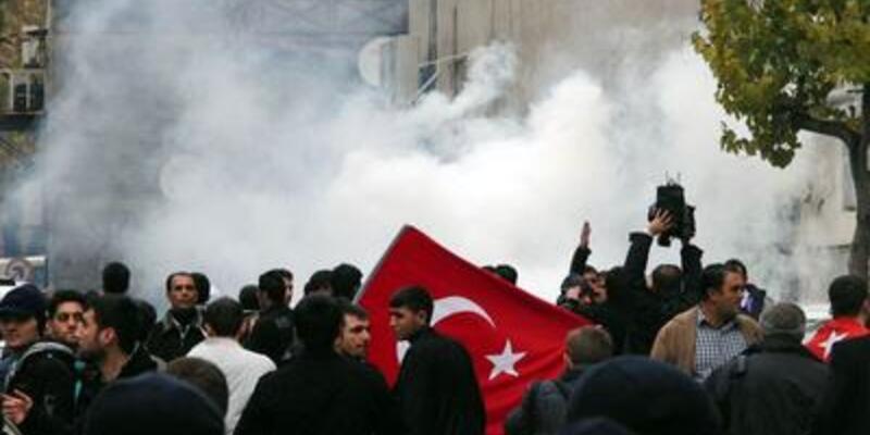 Maraş anmasına 'Bozkurt' provokasyonu