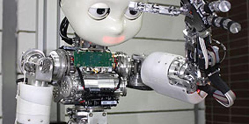"""""""Robot çocuk"""" İcub Türkiye'de"""