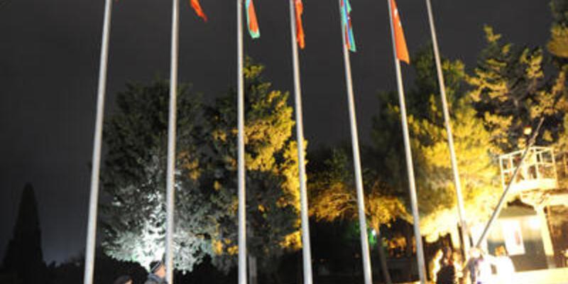 Azerbaycan ile bayrak krizi sona erdi