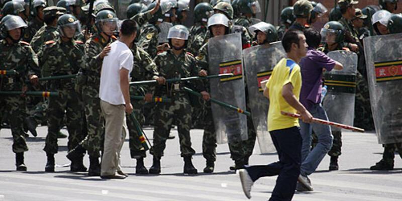 Çin'deki olaylar AB'yi endişelendirdi