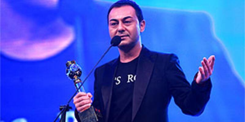"""Kral Müzik Ödülleri'nde yılın şarkısı """"Aşkı Virane"""""""