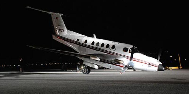 Eskişehir'de bir uçağın iniş takımları açılmadı