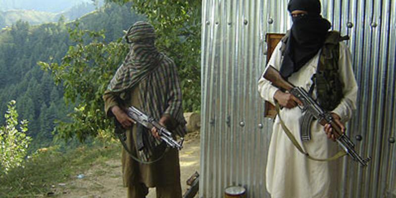Afganistan'da terörle mücadele: 52 ölü