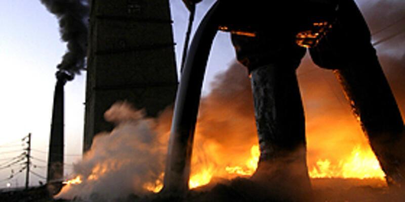 Kürtlerle petrol anlaşması imzalayana ceza