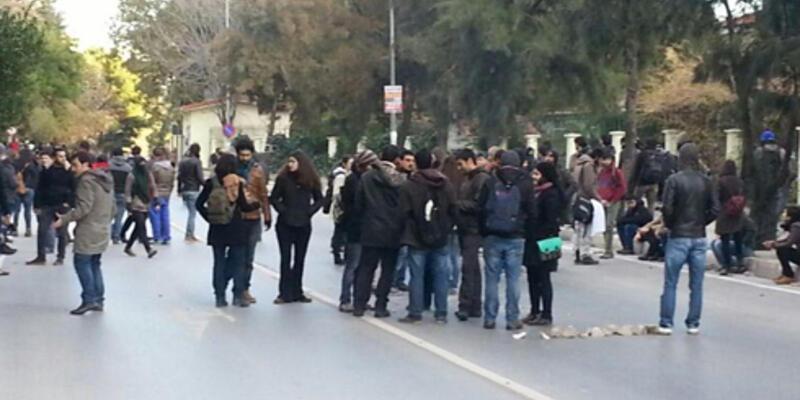 Ege Üniversitesi'nde öğrenci kavgası:3 yaralı
