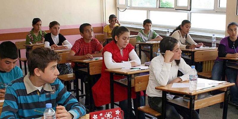 Mazeret sınavlarının ilk gün oturumu sona erdi