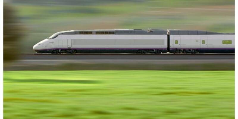 Barcelona-Paris hızlı treni sefere başladı