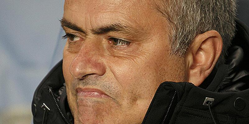 Mourinho'nun korktuğu başına geldi