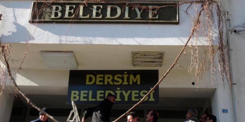 Tunceli Belediyesi'ne Dersim tabelası asıldı