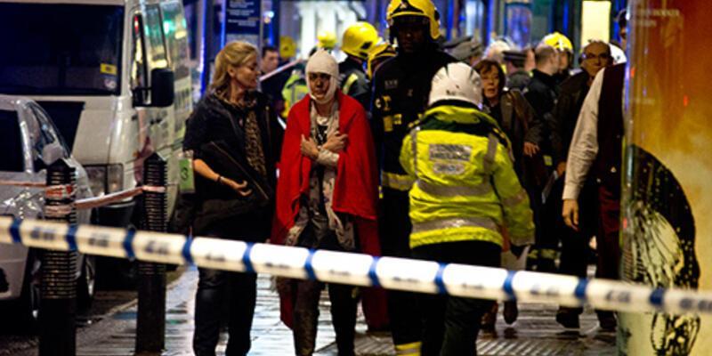 Londra'da Apollo Tiyatrosu'nun tavanı çöktü: 80 yaralı