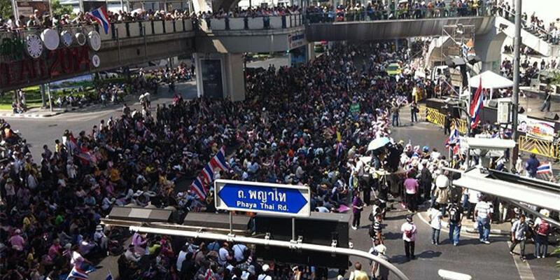 "Tayland'da muhalefet ""sokağa inin"" çağrısı yaptı"